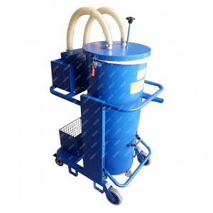 Pneumatic vacuum cleaner for industrial cleaning