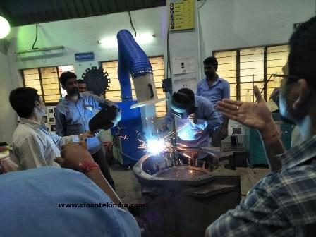 welding fume extraction by Welding Fume Extractor